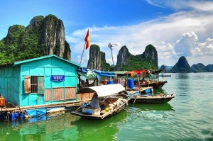 Visiting the Most World Beautiful Fishing Village in Ha Long Bay