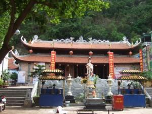 Long Tien Pagoda- Ha Long