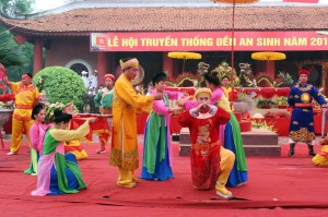 Vietnam Festival: Halong Travelling and An Sinh Festival