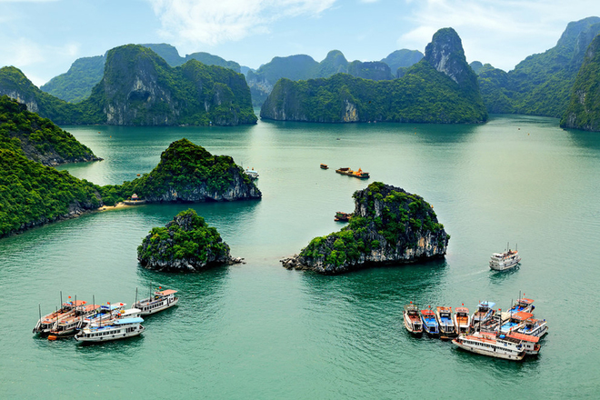 Ha-Long-Bay-Nice-Destinations1