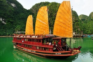 [Ha Long Travel] Cruise Rental Service in Ha Long Bay