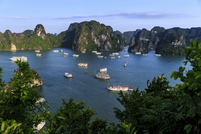 Ha-Long-Bay- Worldbays (2)