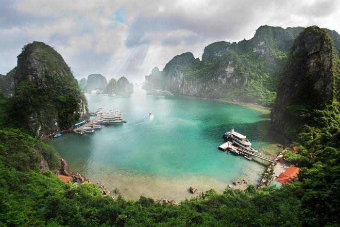 Ha-Long-Bay- Worldbays (4)