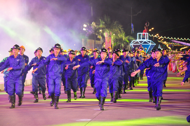 Ha Long Travel Carnaval Ha Long 2015 (2)