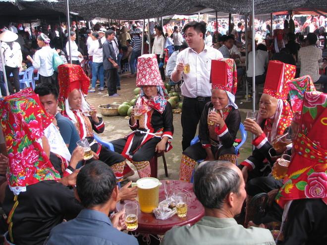 dong-van-love-market (7)