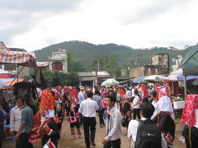 dong-van-love-market (8)