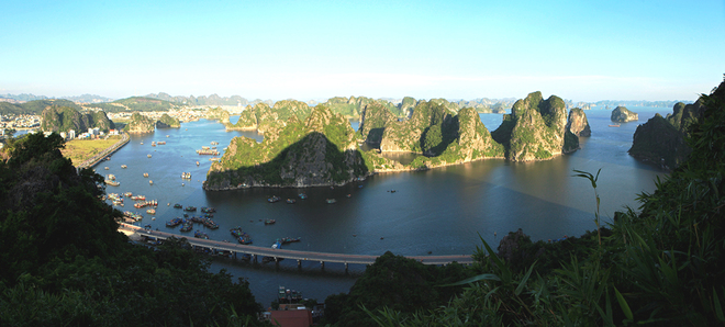 Ha Long Bay Viewed From High Mountains  (1)