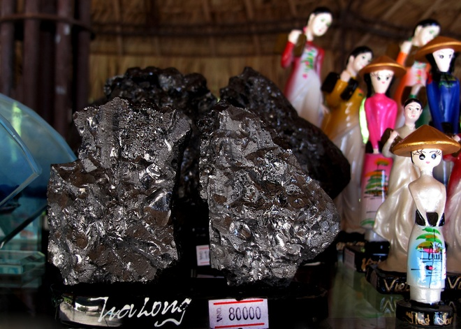 Coal Sculpture Craft In Quang Ninh (6)