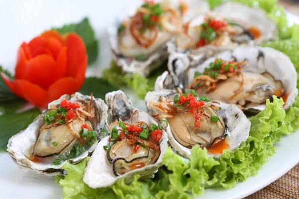 Halong-Bay-Oysters