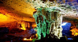Top Most Spectacular Caves in Halong Bay