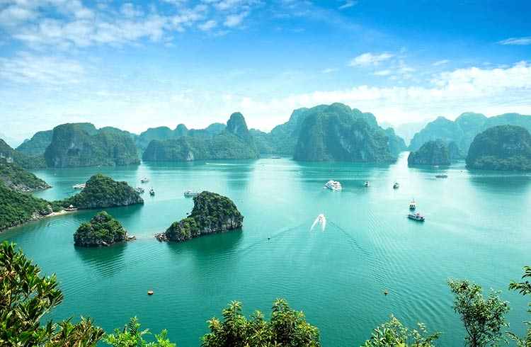 halong-bay-is-it-worth-it