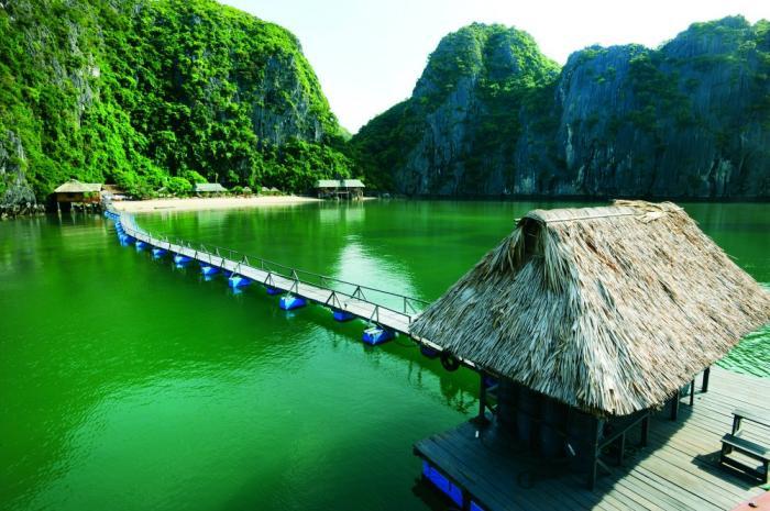 stilt house in Ha Lan