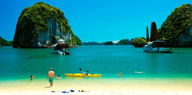 Lan Ha beach
