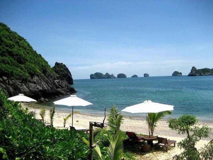 The beach of Tuan Chau