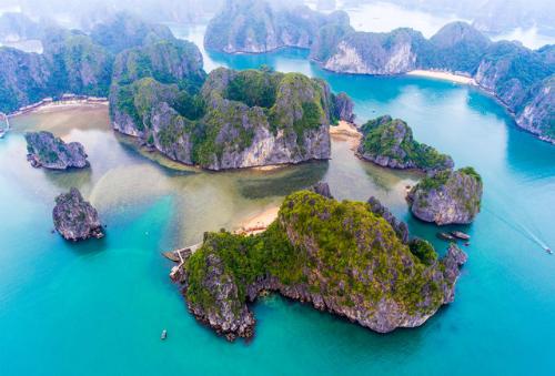 Lan Ha bay, the forgotten heaven next to Halong bay