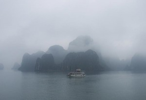 What is the best time to visit Halong Bay?